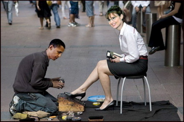Obama-pailin-shoes