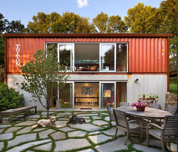 1-1-container-house2