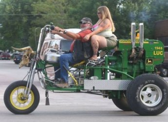 1-a-red-neck-cycle