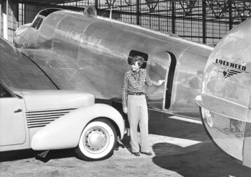 1-1-1-earhart-car-plane
