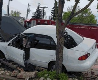 Car crashes into picnic area next to front door of Loveland