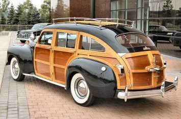41-chrysler-town-country