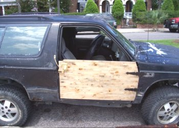 1-redneck-car-repair3