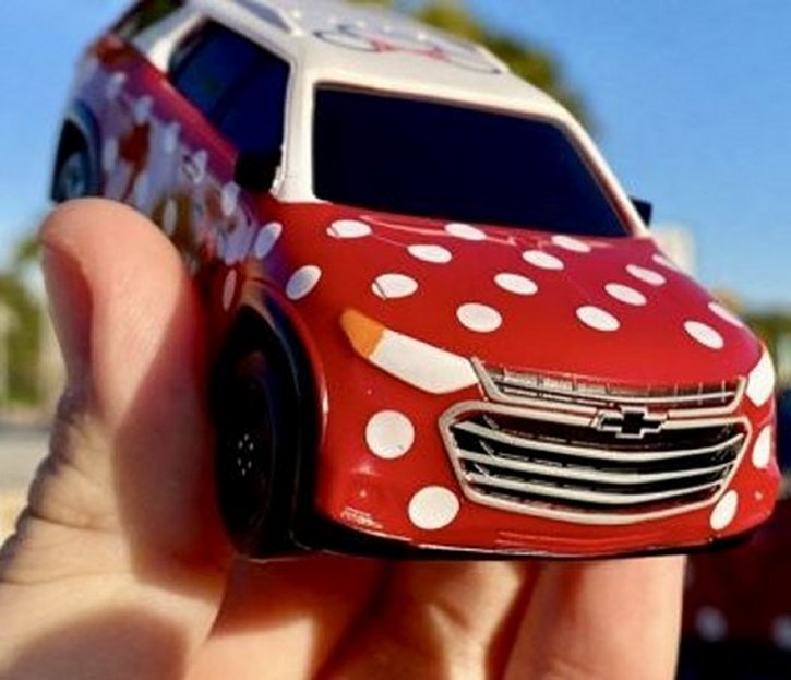 Minnie-Van-Toy